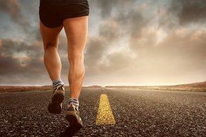 Pijntjes bij het hardlopen. Wat kan je er aan doen?