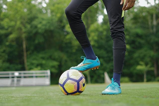 Lees meer over het artikel De Voetbalschoenen Expert helpt jou verder